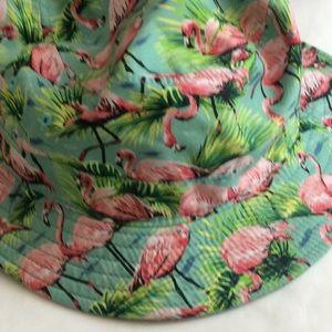 90a41a51d8 Vans Accessories - Vans flamingo bucket hat